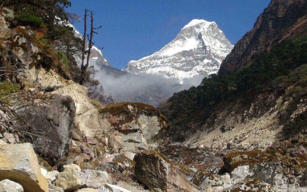 """Mera Peak 6.461m – """"Hořící hora"""" v království ledu"""